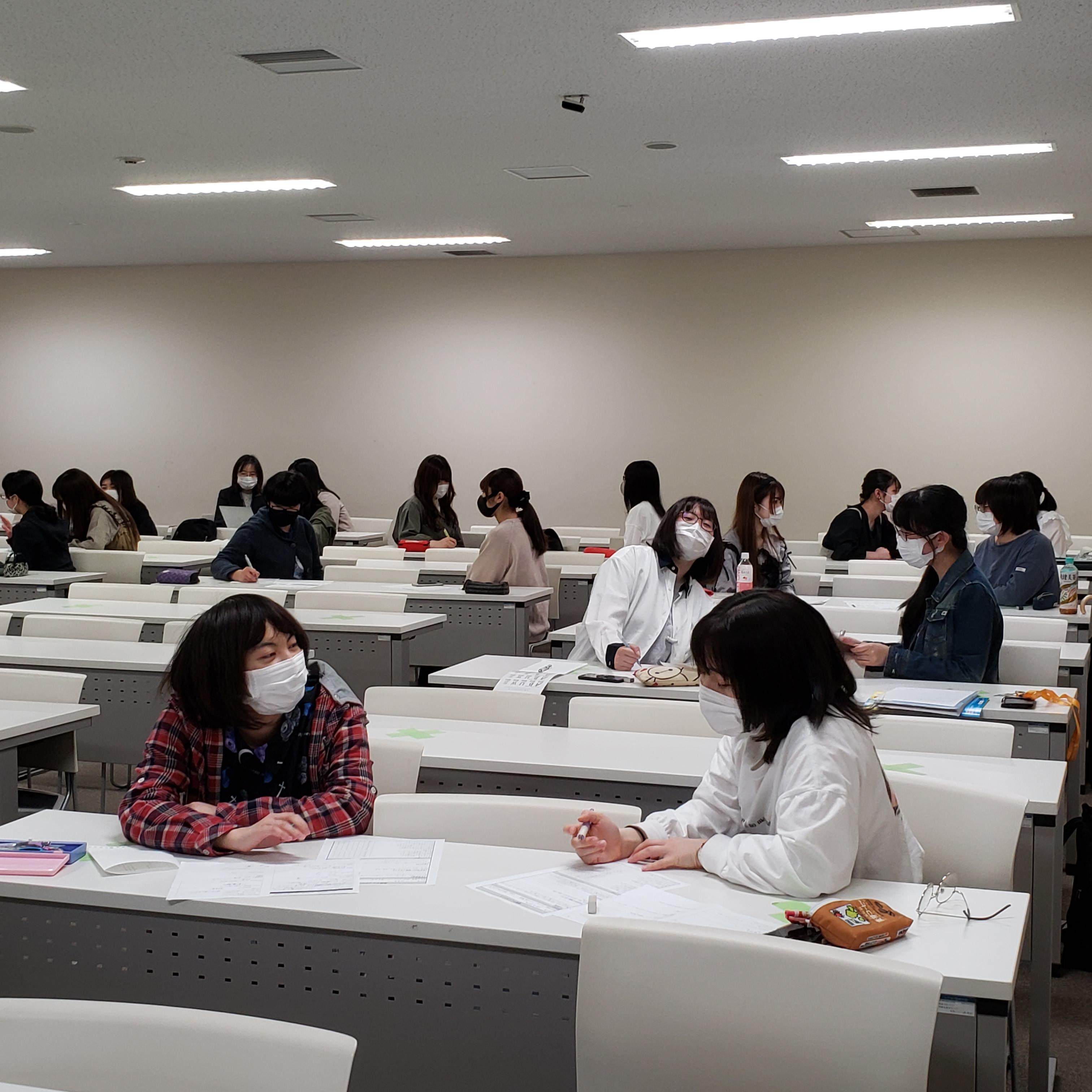 【授業紹介】「キャリアスタディⅡ」Part1