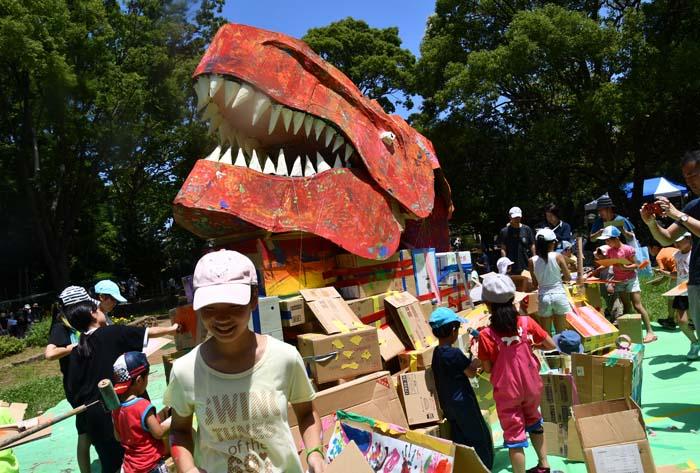 アートパーク11 ① 大成ゼミと祓川ゼミ、4年生お助け隊の活動
