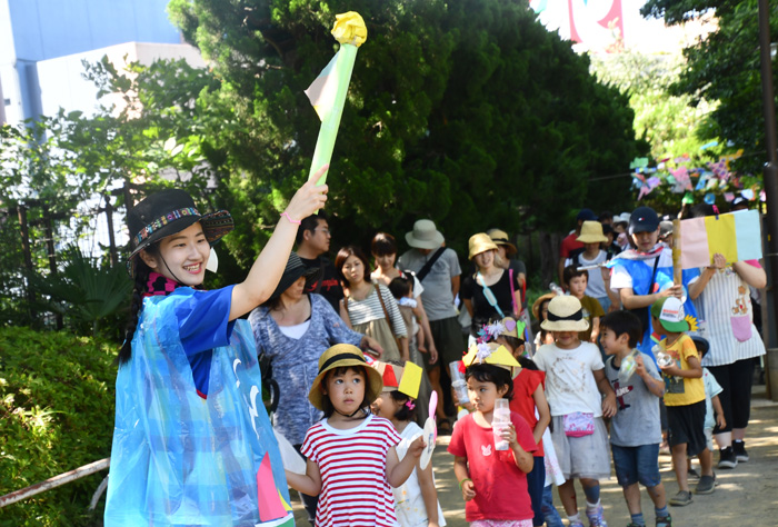 アートパーク11 ② 関口ゼミと西園ゼミ、児童文化お助け隊の活動