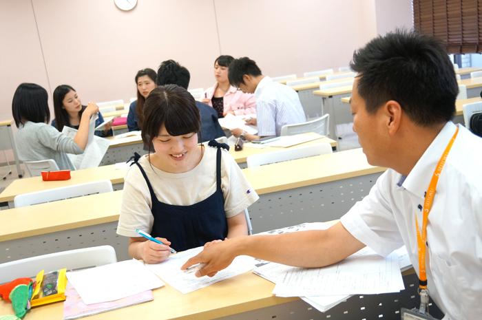 吉本ゼミ「特別の教科 道徳 」を現職教員も交え学習