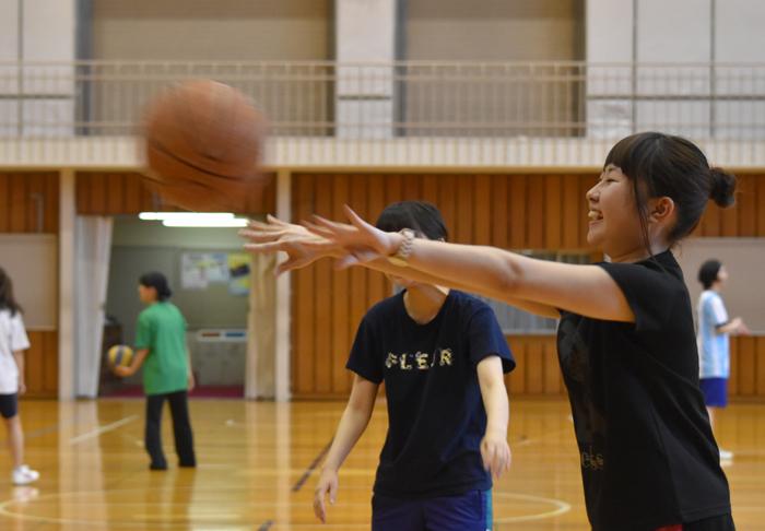 児童文化コース1,2年生が球技大会!