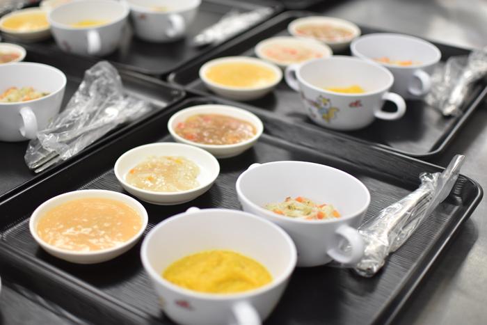 離乳食実習「子どもの食と栄養Ⅱ」