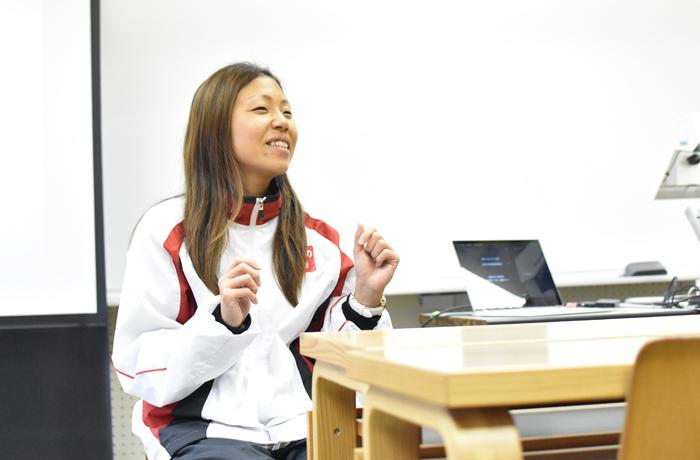 スポーツ健康コース 高田千明客員教授の講義が行われました!