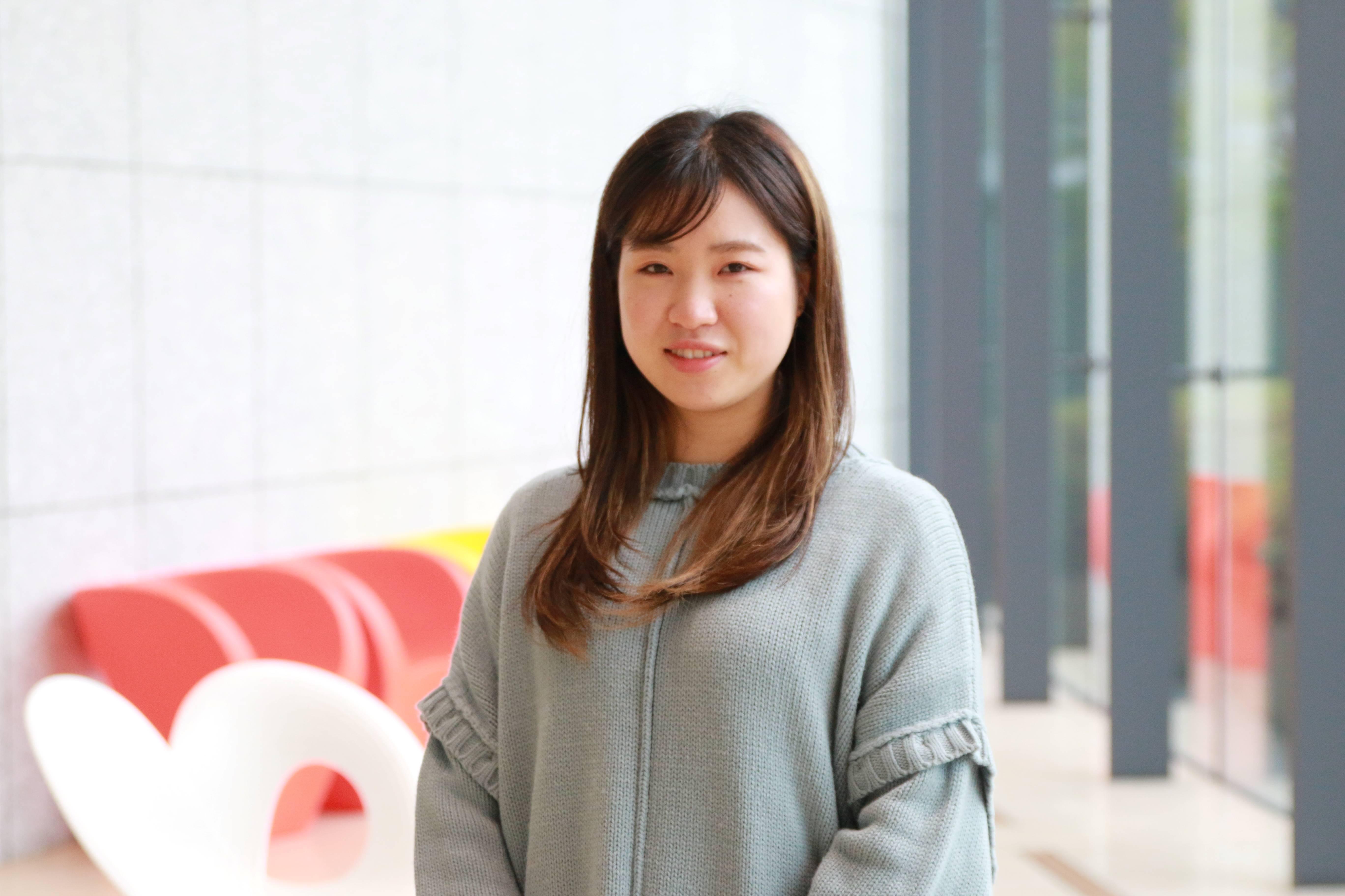 学生紹介(34)働きながら続けた大学生活。心理学を学んでタイの幼稚園で先生に!