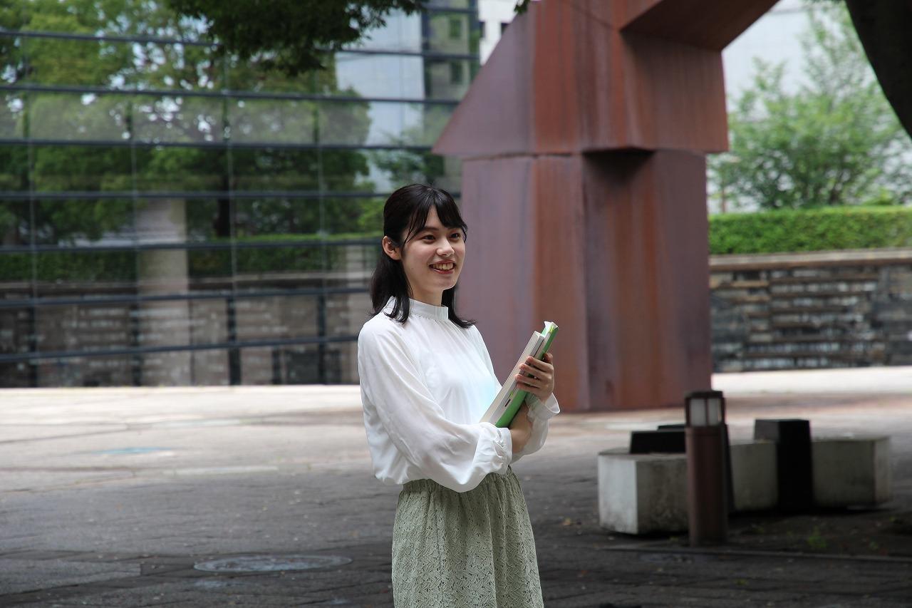 在学生紹介(1)小学校外国語専科教員を目指しているAさん