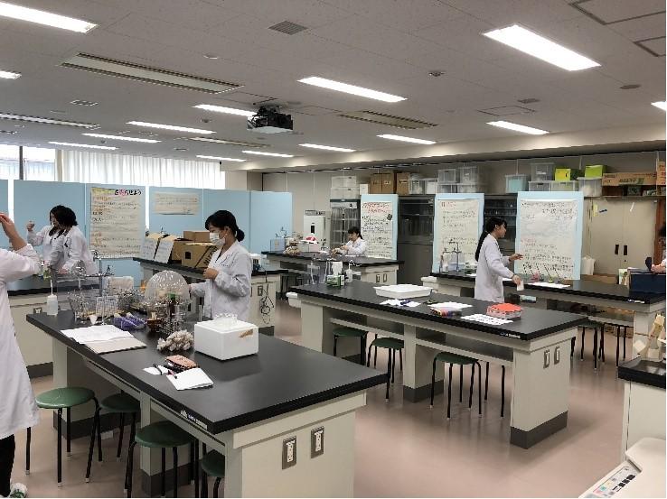 聖徳祭 企画紹介⑦生化学研究◆~実験を通して化学を好きになろう~