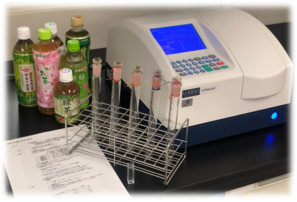 1年生「基礎化学実験」をのぞいてみよう!