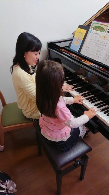 かがやく卒業生(6)~2つの学科で学んだ経験を活かしてピアノ講師に~