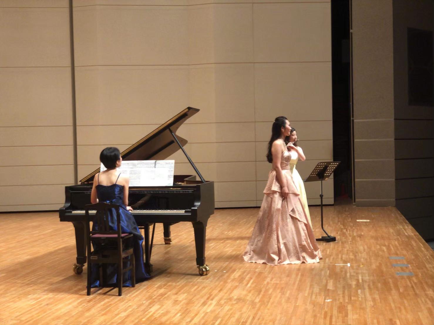 かがやく卒業生(9)~アンサンブルを中心にピアニストとして活動~