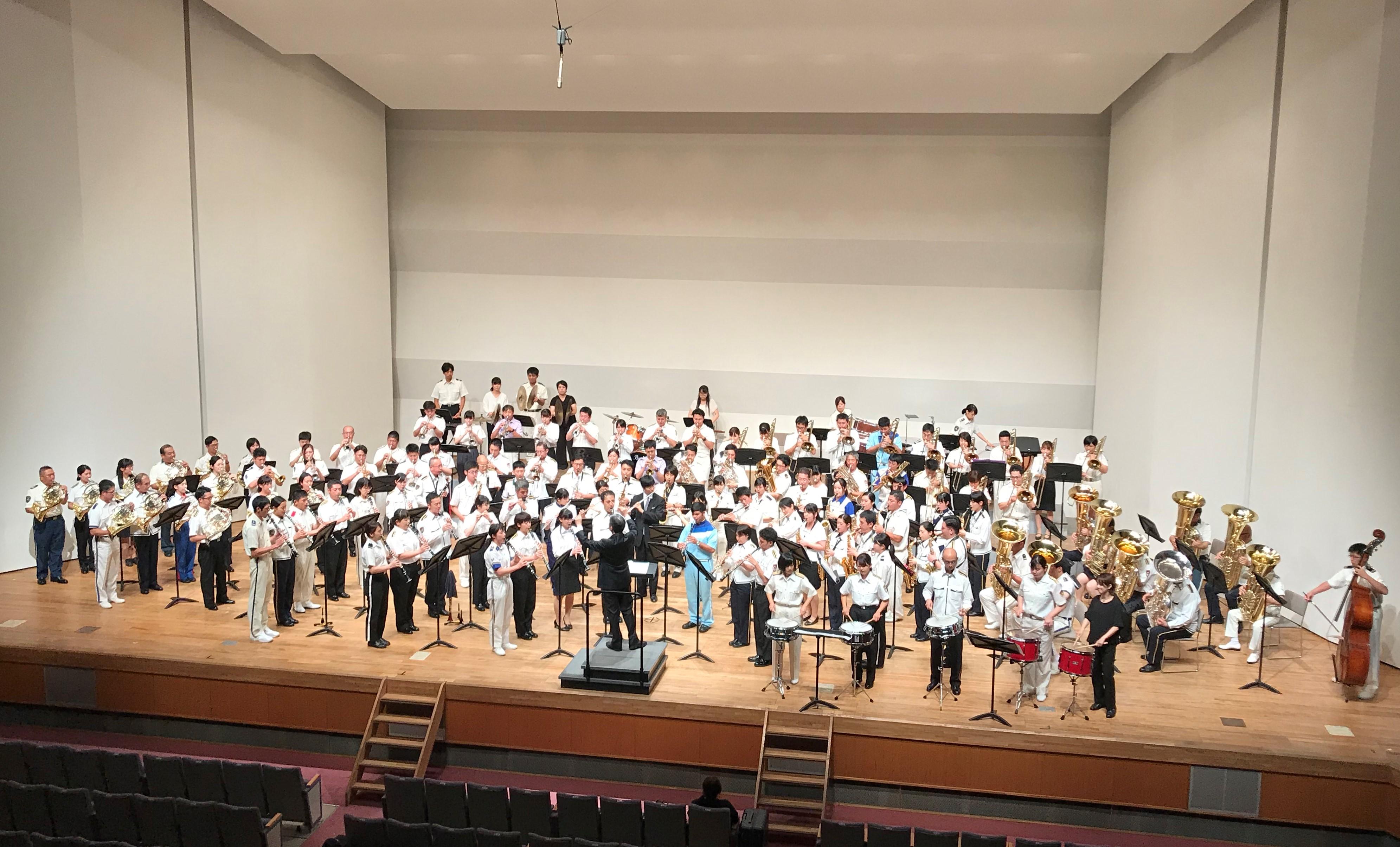 「2019警察音楽隊研修会 吹奏楽コンサート」が開催されました~在学生、卒業生も出演~
