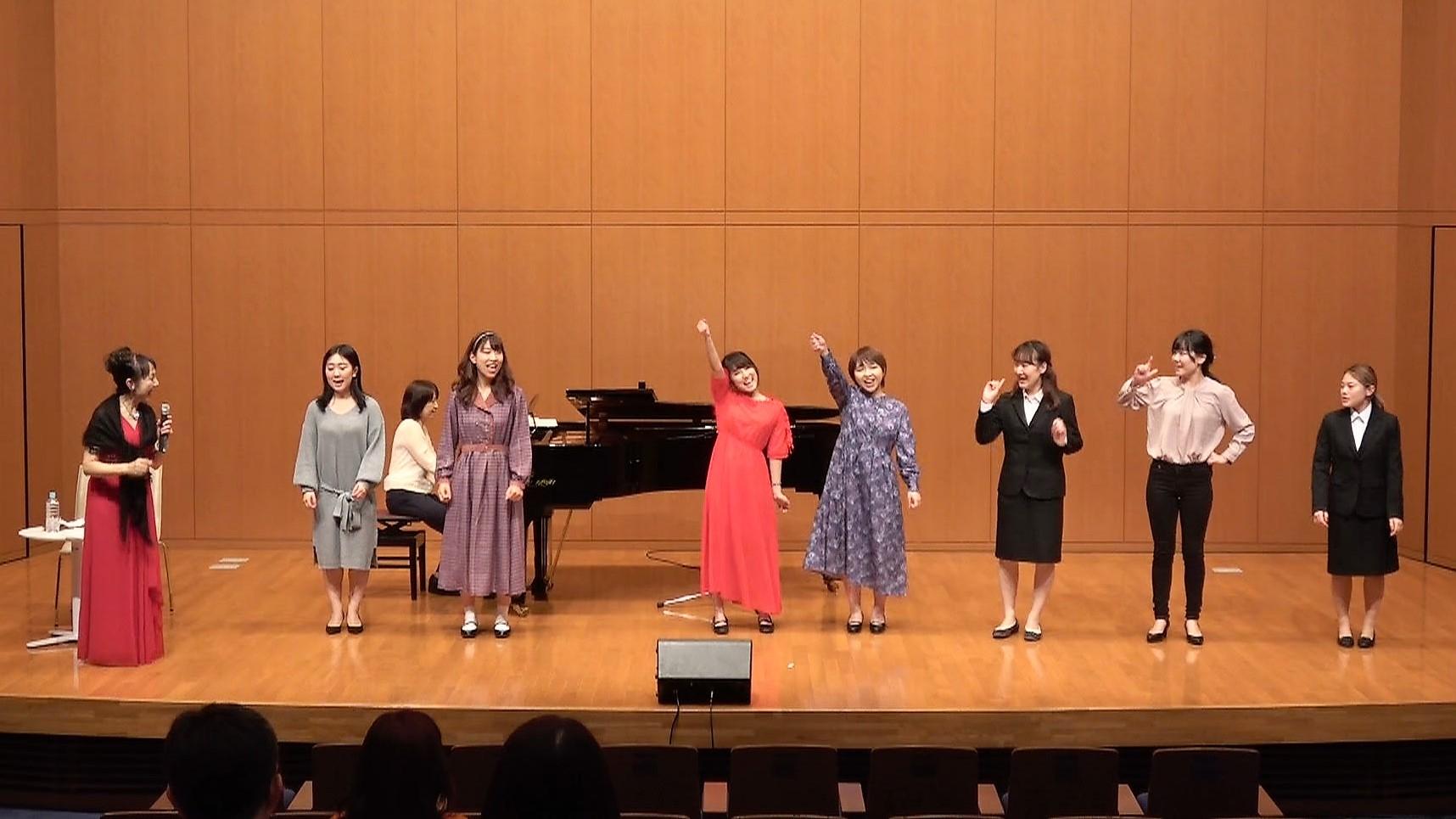 ミュージカルを楽しむために~吉岡小鼓音先生の公開講座が行われました~