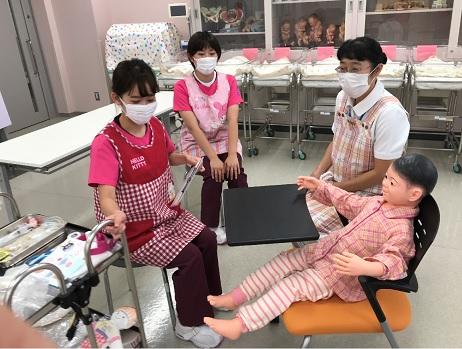 小児看護学実習をご紹介します。 ~看護師さんは、仲良くなりたいんだって、子どもに伝えよう~