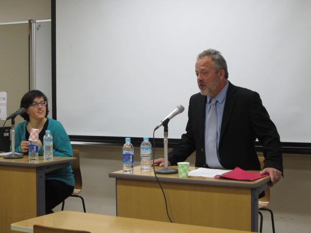 モリエ先生が来日され、聖徳大学で特別講義をしていただきました
