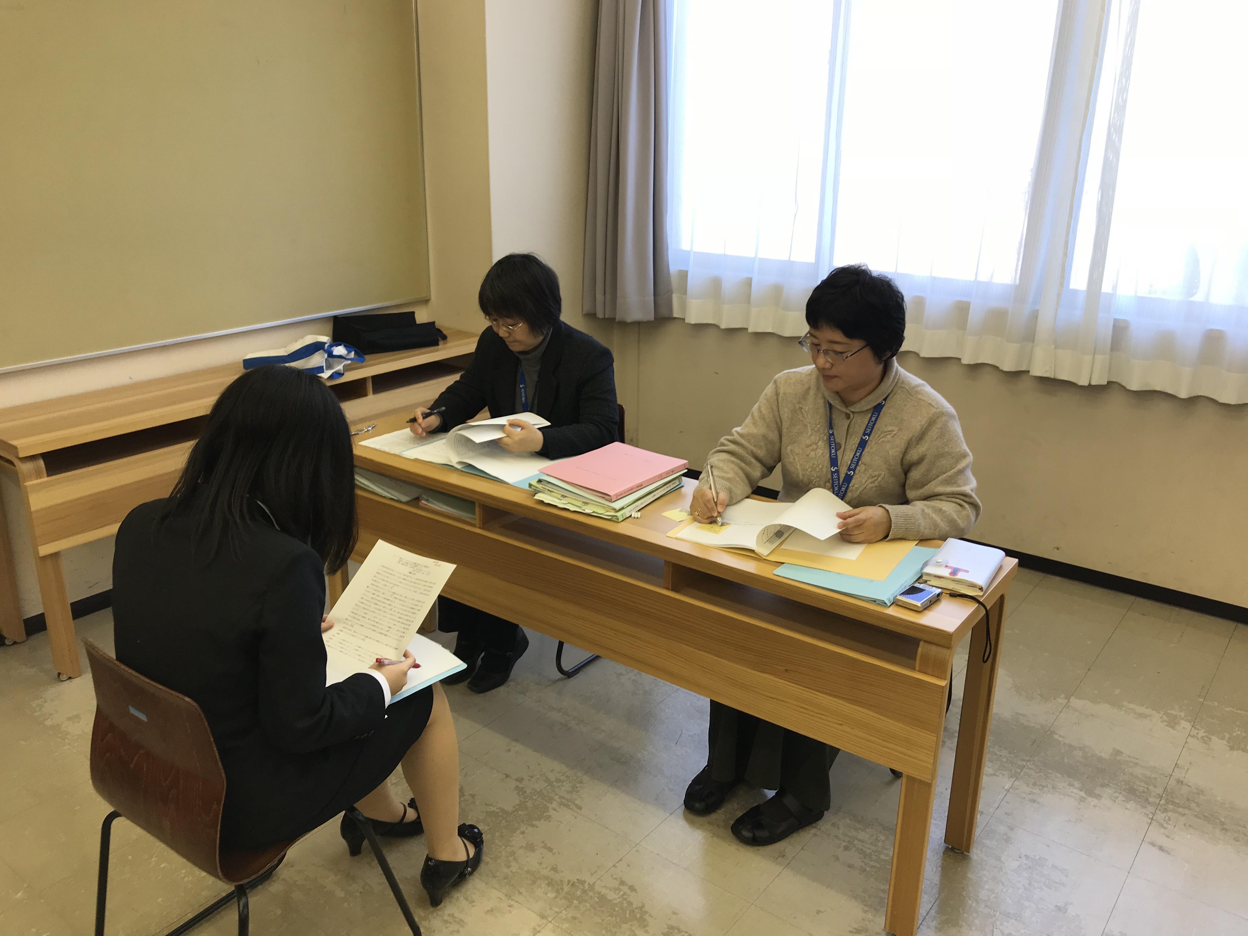平成28年度卒業論文口頭試問が実施されました。